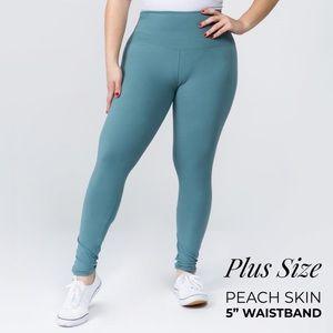 PLUS SIZE OS Slate Fleece Legging